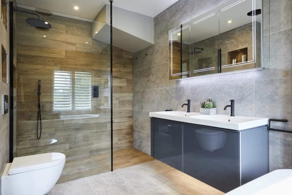 Fully fitted bathroom with walls and floor tiles